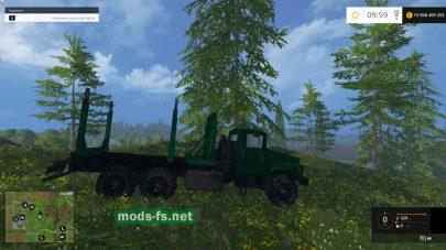 Машина для перевозки леса на ферме