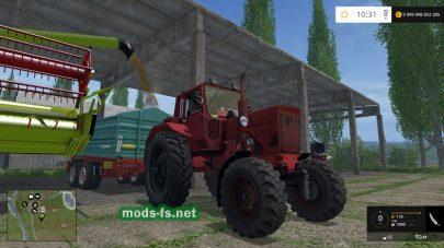 Красный трактор МТЗ-82