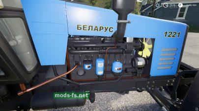 Трактор МТЗ-1221 в игре FS 19